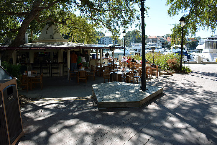 An outdoor beverage station at Harbour Town in Hilton Head, SC