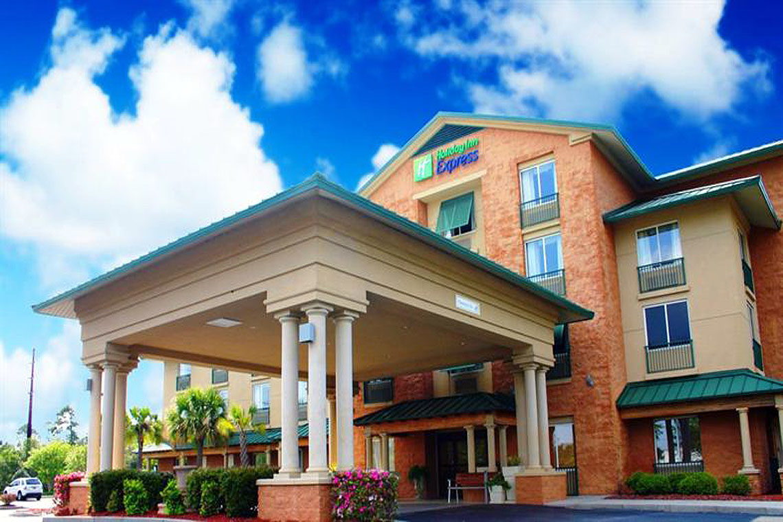 Holiday Inn Express & Suites Bluffton
